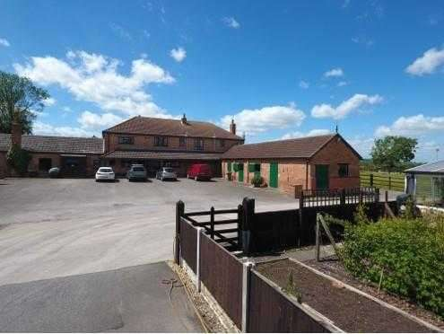 5 Bedrooms Detached House for sale in New Farm, Retford Road, South Leverton, Retford