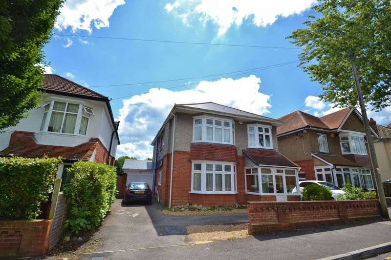 6 Bedrooms Detached House for sale in Talbot Park