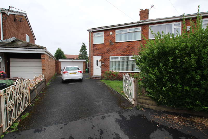 3 Bedrooms Semi Detached House for sale in Wenning Avenue, Maghull, Liverpool, L31