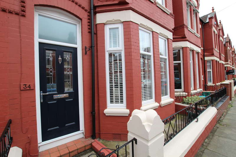 3 Bedrooms Terraced House for sale in Molyneux Road, Waterloo, Liverpool, L22