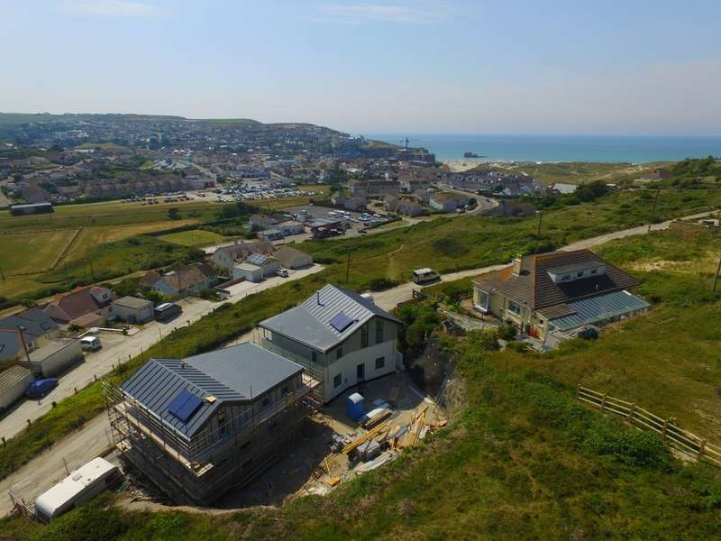 4 Bedrooms Detached House for sale in Ramoth Way, Perranporth