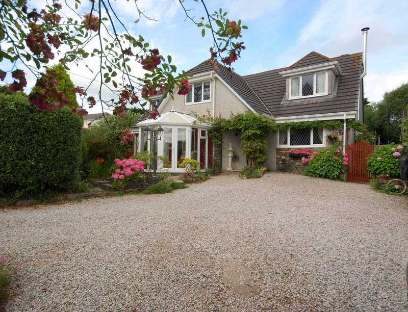 3 Bedrooms Detached House for sale in Redmoor Road, Callington, PL17 8EJ