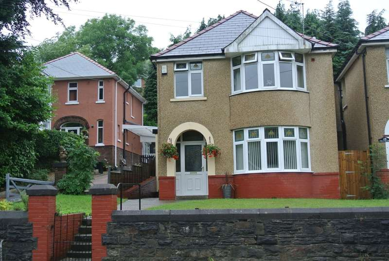 3 Bedrooms Detached House for sale in Snatchwood Road, Abersychan, Pontypool, NP4