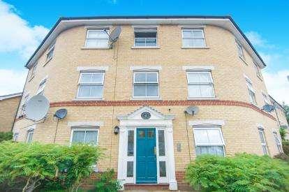 1 Bedroom Flat for sale in Hampden Lane, Tottenham, Haringey, London