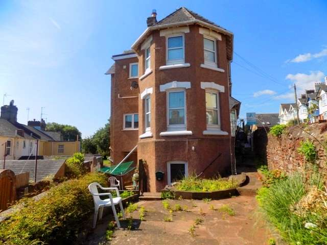 2 Bedrooms Flat for sale in Innerbrook Road, Torquay