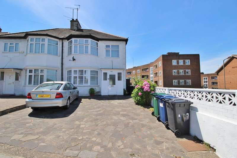 3 Bedrooms Semi Detached House for sale in Colney Hatch Lane, London, London, N10