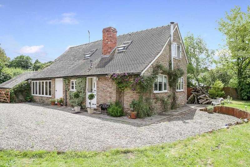 3 Bedrooms Detached House for sale in The Shoulder Of Mutton, Clee St Margeret, Craven Arms