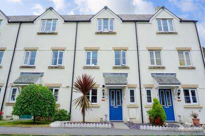 5 Bedrooms Terraced House for sale in Par, St Austell, Cornwall