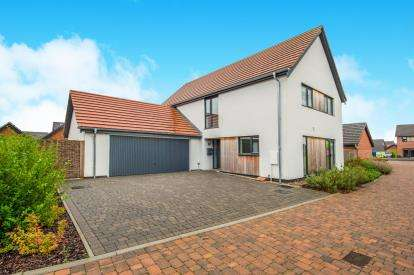 4 Bedrooms Detached House for sale in Swans Nest, Swaffham, Norfolk
