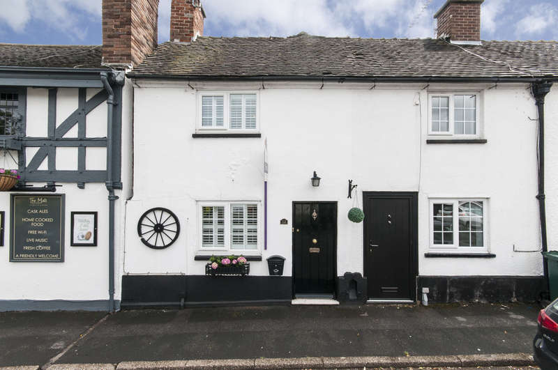 2 Bedrooms End Of Terrace House for sale in The Green, Aston-On-Trent
