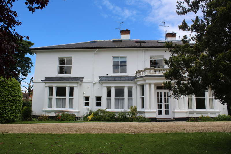 2 Bedrooms Flat for sale in Greenhill Gardens, Evesham