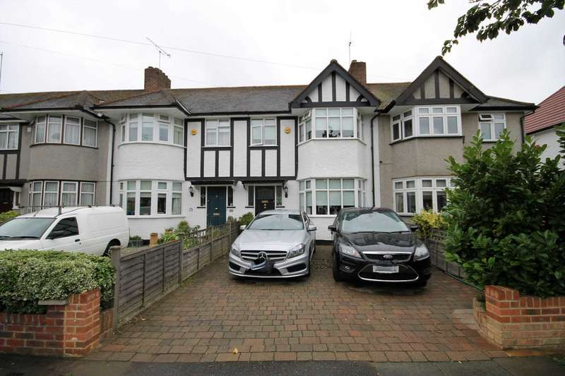 3 Bedrooms Terraced House for sale in Rutland Drive, Morden