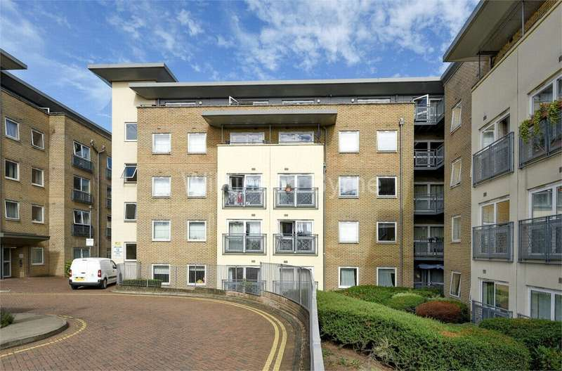 2 Bedrooms Flat for sale in Gean Court, Bounds Green