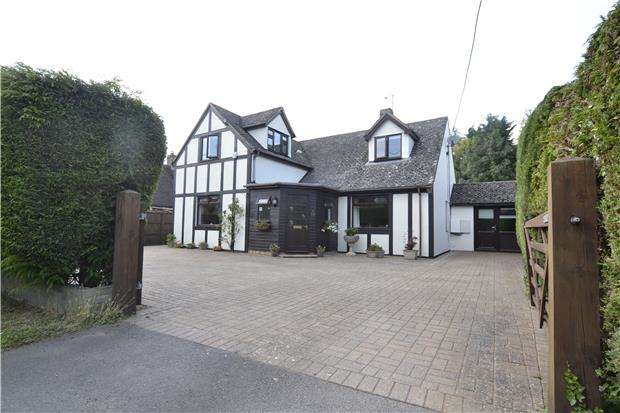 5 Bedrooms Detached House for sale in High Street, Standlake, WITNEY, OX29 7RT