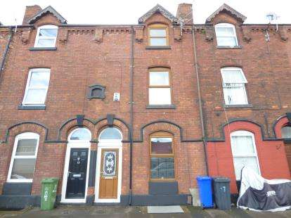 3 Bedrooms Terraced House for sale in Nile Street, Ashton-Under-Lyne, Greater Manchester