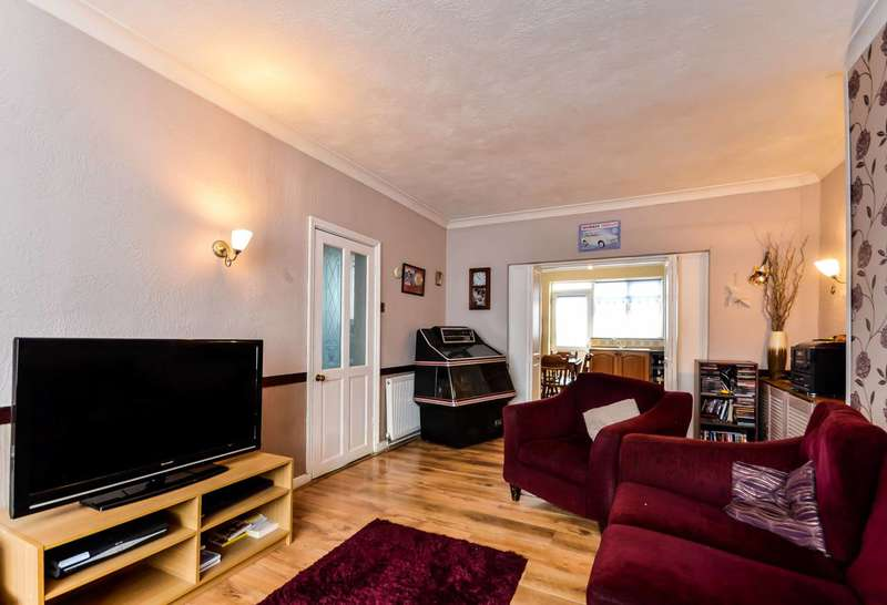 3 Bedrooms Terraced House for sale in Lincombe Road, Bromley, BR1