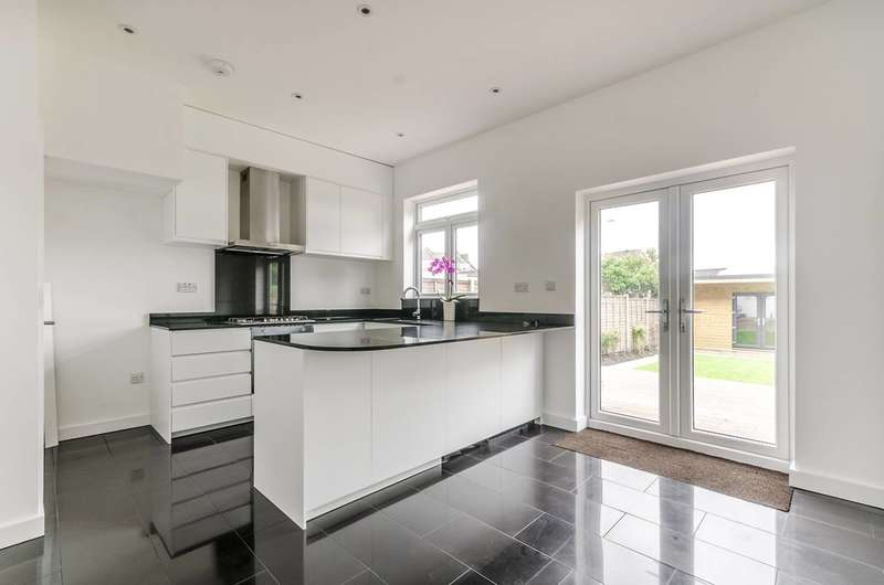 4 Bedrooms House for sale in Girton Road, Sydenham, SE26