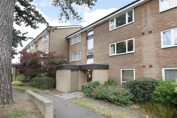 1 Bedroom Flat for sale in Chichester Road, Croydon