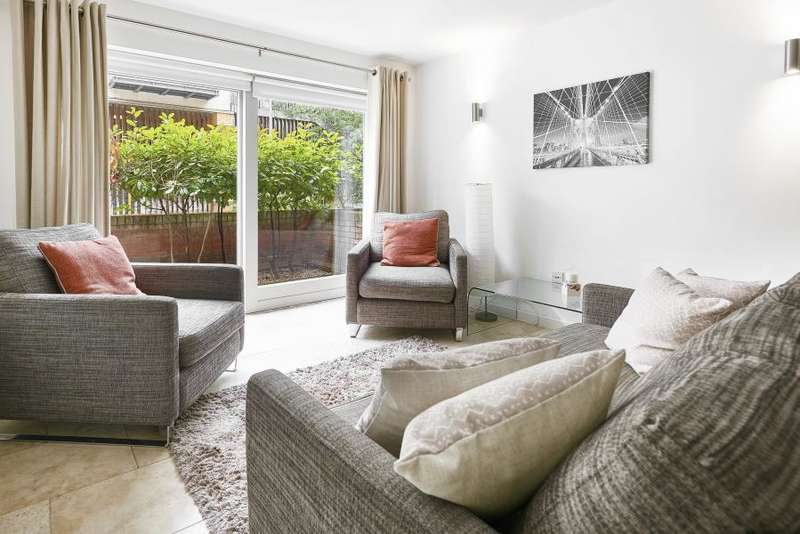2 Bedrooms Apartment Flat for sale in Metcalfe Court, Greenwich, SE10