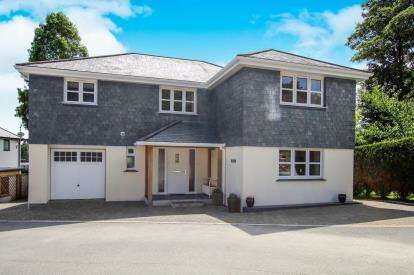 4 Bedrooms Detached House for sale in St. Austell, Cornwall, Uk