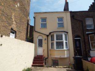 3 Bedrooms End Of Terrace House for sale in Camden Road, Ramsgate, Kent