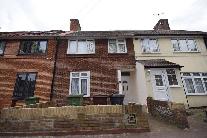 3 Bedrooms Terraced House for sale in DAGENHAM AVENUE, dagenham, Essex, RM9