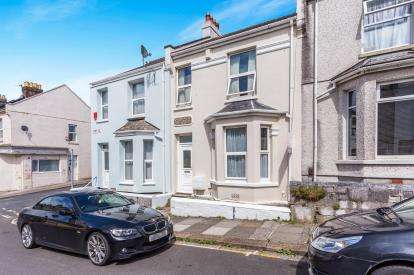 2 Bedrooms Terraced House for sale in Plymouth
