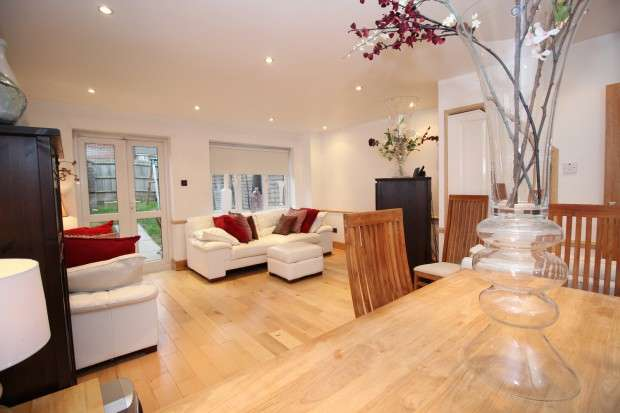 3 Bedrooms Terraced House for sale in Franklin Road, London, SE20