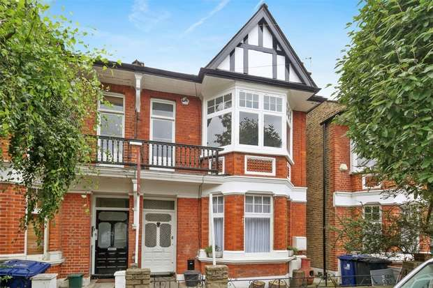 2 Bedrooms Flat for sale in Whitehall Gardens, Acton/ Ealing Common