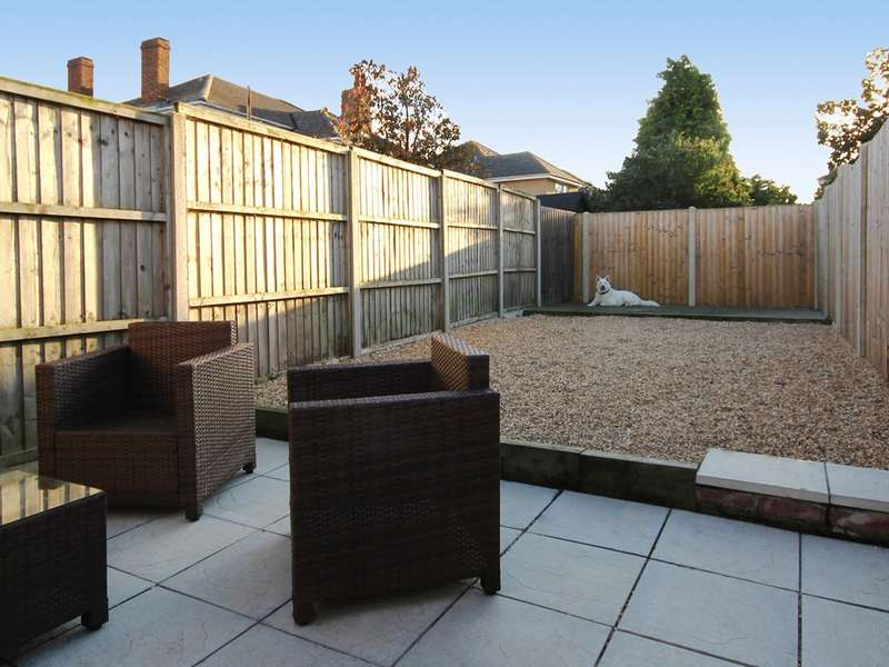 2 Bedrooms Terraced House for sale in Bournemouth