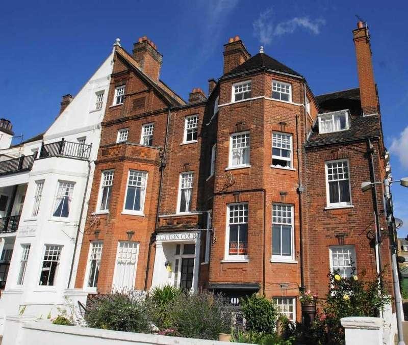 1 Bedroom Flat for sale in Royal Terrace