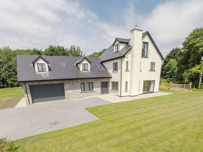 5 Bedrooms Detached House for sale in Began Road, Old St. Mellons, Cardiff