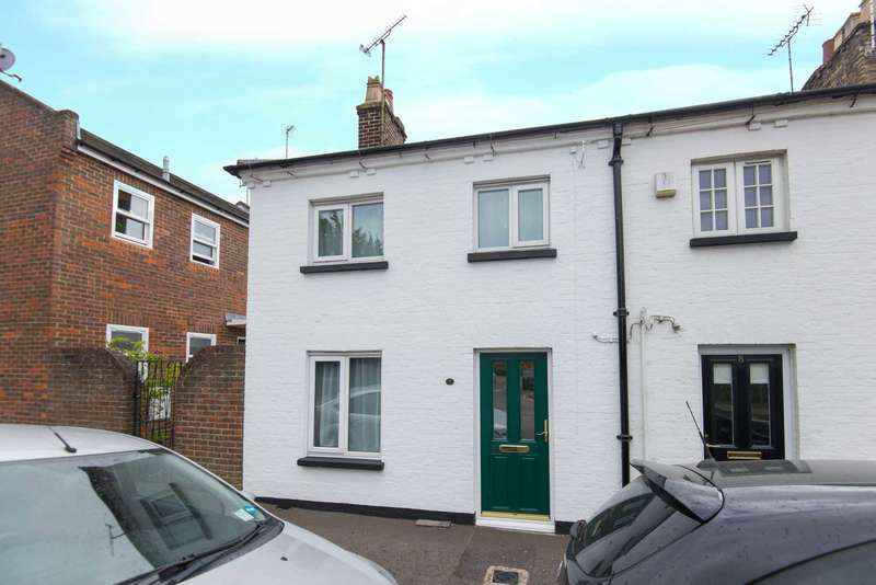 2 Bedrooms End Of Terrace House for sale in Railway Cottages, Tring Station
