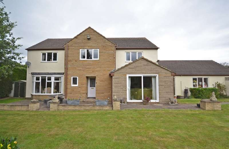 4 Bedrooms Detached House for sale in Potovens Lane, Wrenthorpe