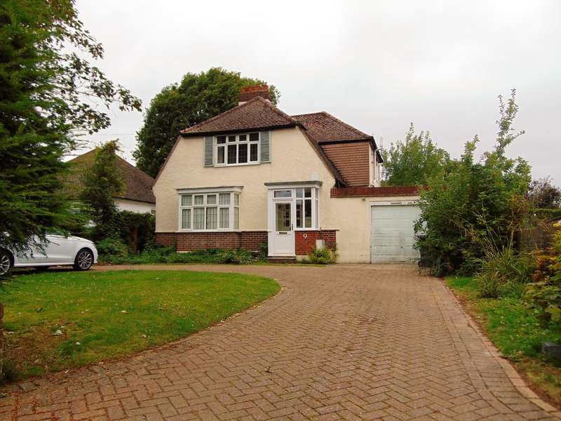3 Bedrooms Detached House for sale in Woodland Gardens, South Croydon, CR2 8PH