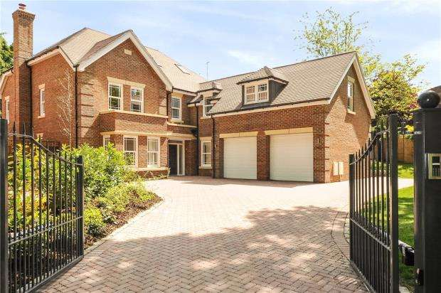6 Bedrooms Detached House for sale in School Road, Windlesham, Surrey