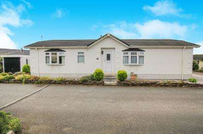 2 Bedrooms Mobile Home for sale in Washaway, Bodmin, Cornwall