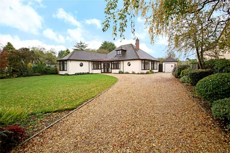 4 Bedrooms Detached Bungalow for sale in Woodstock Road East, Begbroke, Kidlington, Oxfordshire, OX5
