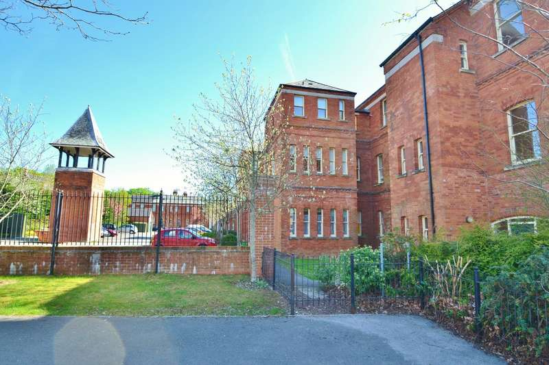 1 Bedroom Flat for sale in Charlton Down