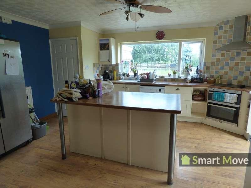 4 Bedrooms Property for sale in Mays Lane, Leverington, Wisbech, Cambridgeshire. PE13 5BU