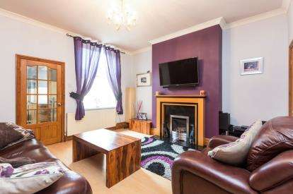 3 Bedrooms Terraced House for sale in Rosehill Road, Rosehill, Burnley, Lancashire, BB11