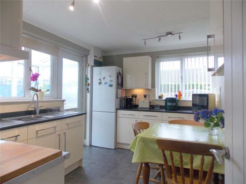 3 Bedrooms Semi Detached Bungalow for sale in Bodinar Road, Penryn