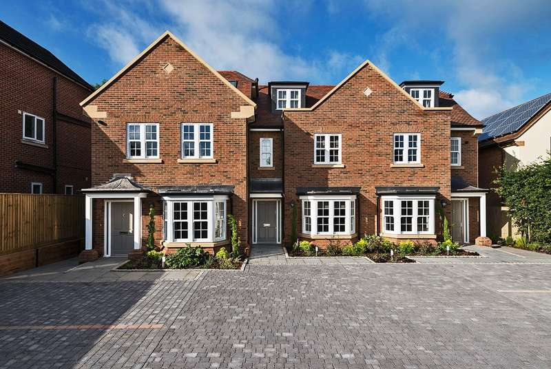 3 Bedrooms House for sale in Candlemas Lane, Beaconsfield, HP9