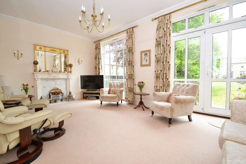 3 Bedrooms Terraced House for sale in Branksome Park
