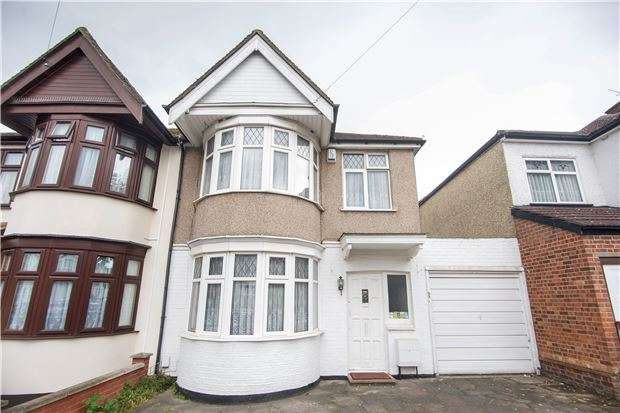 3 Bedrooms Semi Detached House for sale in Elmsleigh Avenue, Kenton, HARROW, Middlesex, HA3 8HY