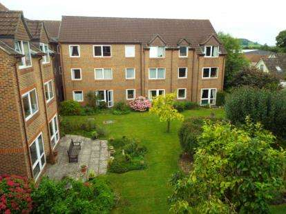 1 Bedroom Flat for sale in Priory Road, Wells, Somerset