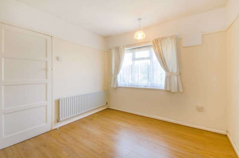 2 Bedrooms House for sale in Hargood Road, Blackheath, SE3