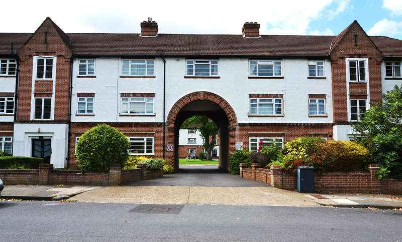 2 Bedrooms Apartment Flat for sale in Manor Road, Twickenham, TW2