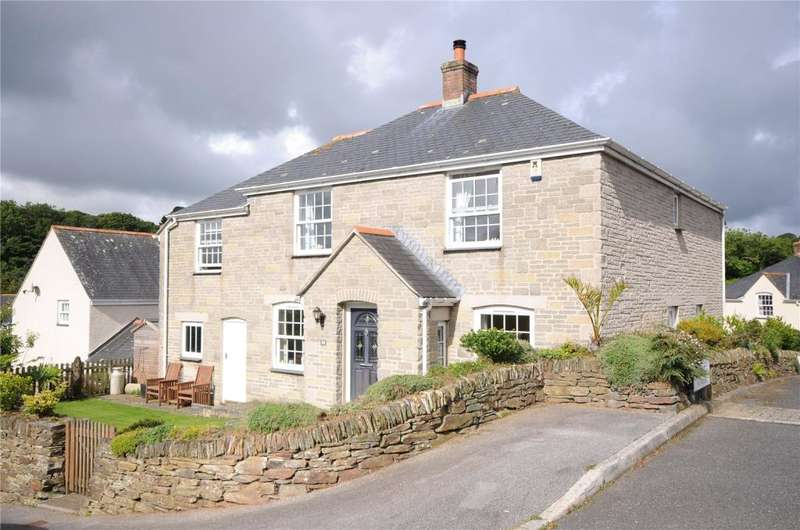 4 Bedrooms Detached House for sale in Kerley Vale, Chacewater, Truro
