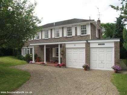 5 Bedrooms Detached House for sale in Pine Walk, Cobham, Surrey, KT11 2HJ